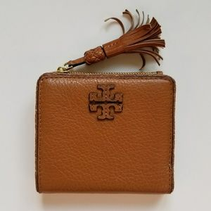 TORY BURCH Leather Compact Wallet